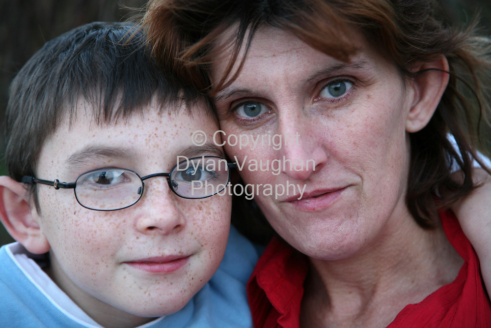 11/12/2006.Donna Hayden and her son Dylan aged 9 pictured in Kilkenny yesterday..Picture Dylan Vaughan.