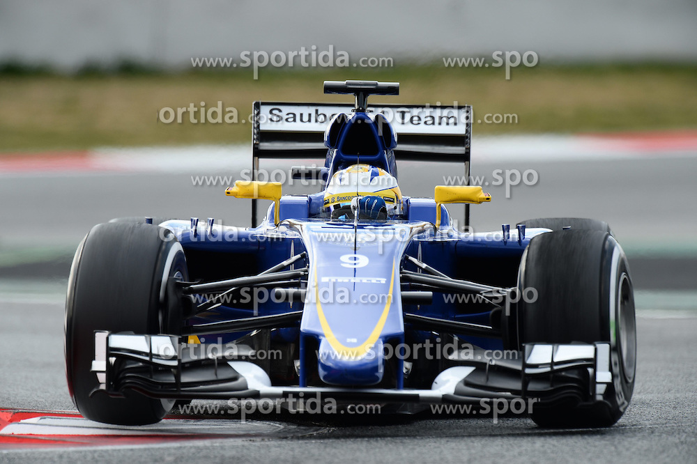 26.02.2015, Circuit de Catalunya, Barcelona, ESP, FIA, Formel 1, Testfahrten, Barcelona, Tag 1, im Bild Marcus Ericsson (SWE) Sauber C34 // during the Formula One Testdrives, day one at the Circuit de Catalunya in Barcelona, Spain on 2015/02/26. EXPA Pictures &copy; 2015, PhotoCredit: EXPA/ Sutton Images/ Patrik Lundin Images<br /> <br /> *****ATTENTION - for AUT, SLO, CRO, SRB, BIH, MAZ only*****