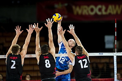11.09.2014, Centennial Hall, Breslau, POL, FIVB WM, Kanada vs Finnland, 2. Runde, Gruppe F, im Bild John Gordon Perrin canada #2 Adam Simac canada #8 Olli Kunnari finland #12 Gavin Schmitt canada #12 // John Gordon Perrin canada #2 Adam Simac canada #8 Olli Kunnari finland #12 Gavin Schmitt canada #12 during the FIVB Volleyball Men's World Championships 2nd Round Pool F Match beween Canada and Finland at the Centennial Hall in Breslau, Poland on 2014/09/11. EXPA Pictures © 2014, PhotoCredit: EXPA/ Newspix/ Sebastian Borowski<br /> <br /> *****ATTENTION - for AUT, SLO, CRO, SRB, BIH, MAZ, TUR, SUI, SWE only*****