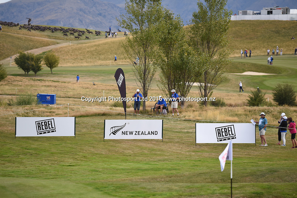 General view of the 15th green and signage during Round 3 at The Hills during 2016 BMW ISPS Handa New Zealand Open. Saturday 12 March 2016. Arrowtown, New Zealand. Copyright photo: Andrew Cornaga / www.photosport.nz