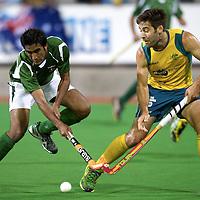 MELBOURNE - Champions Trophy men 2012<br /> Australia  v Pakistan 1-0<br /> foto: Shafqat Rasool dule with Kiel Brown..<br /> FFU PRESS AGENCY COPYRIGHT FRANK UIJLENBROEK
