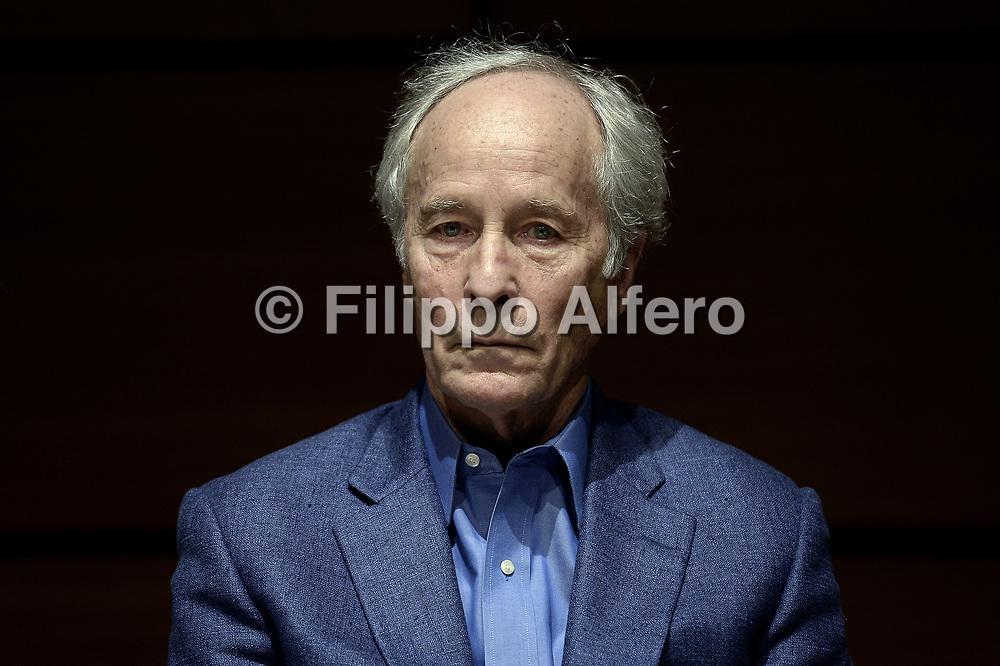 &copy; Filippo Alfero<br /> Salone del Libro 2017<br /> Torino, 20/05/2017<br /> Nella foto: Sala 500, Scrittori americani, Richard Ford
