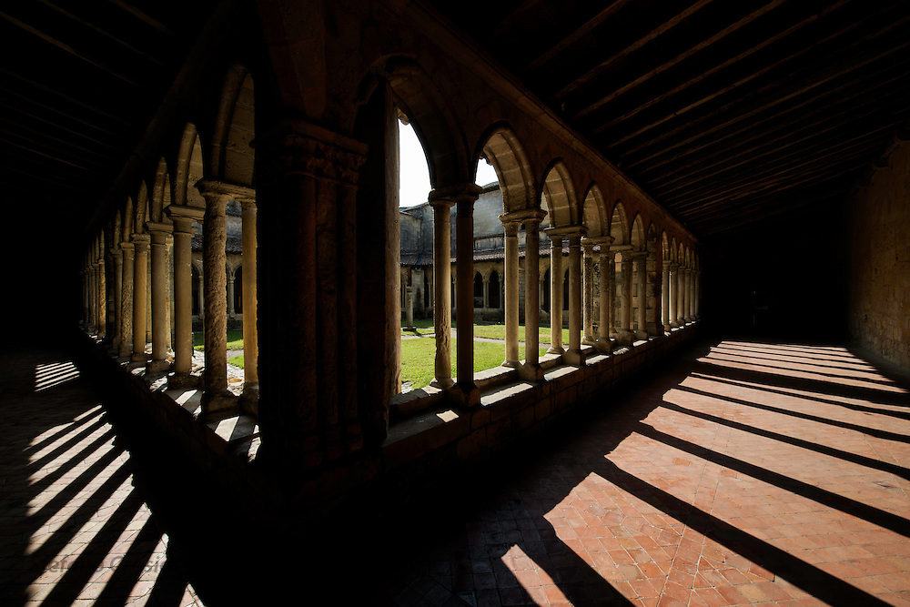 FRANCE, Saint Emilion<br /> The cloister of the Eglise Collegiale (XII-XV century)