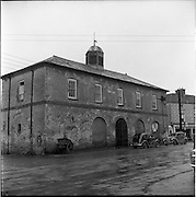 30/03/1957<br /> 03/30/1957<br /> 30 March 1957<br /> <br /> View of Market House, Mountrath Co. Leesi