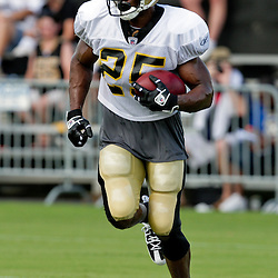 01 August 2009: New Orleans Saints running back Reggie Bush (25) runs with the ball during New Orleans Saints training camp at the team's practice facility in Metairie, Louisiana.