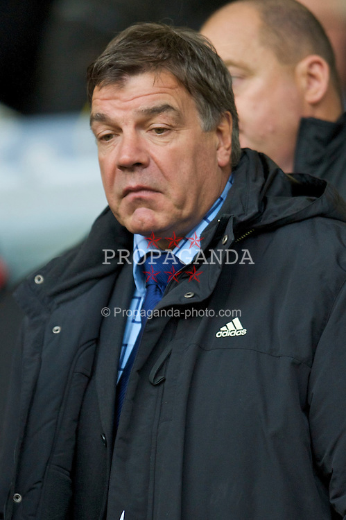 LIVERPOOL, ENGLAND - Saturday, November 22, 2008: Out-of-work manager Sam Allardyce in the Director's box during the Premiership match between Liverpool and Fulham at Anfield. (Photo by David Rawcliffe/Propaganda)