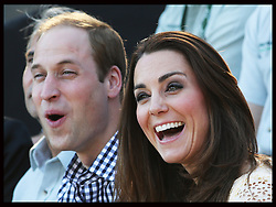 The Duke and Duchess of Cambridge react as they watch a bird display at Taronga Zoo in Sydney, Australia, Sunday, 20th April 2014. Picture by Stephen Lock / i-Images