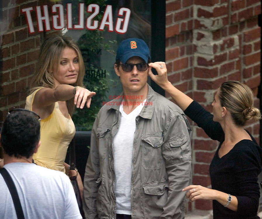 "(09/23/09-Boston,MA) Cameron Diaz and Tom Cruise film a scene outside of the South End restaurant ""Gaslight"" on Union Park Street."