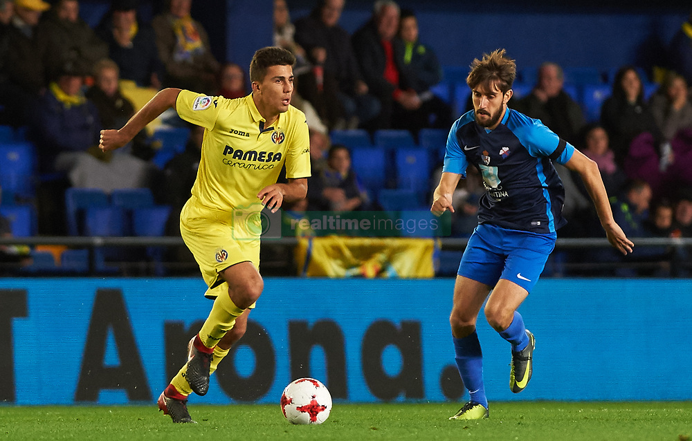 November 30, 2017 - Vila-Real, Castellon, Spain - Rodrigo Hernandez of Villarreal CF and Cidoncha of SD Ponferradina during the Copa del Rey, Round of 32, Second Leg match between Villarreal CF and SD Ponferradina at Estadio de la Ceramica on november 30, 2017 in Vila-real, Spain. (Credit Image: © Maria Jose Segovia/NurPhoto via ZUMA Press)