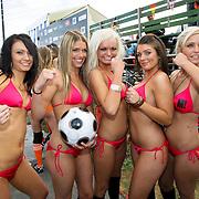 NLD/Amsterdam/20080518 - Opname strafschoppen EK Lingerie, team uit Denemarken