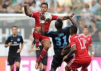 Fotball<br /> Tyskland<br /> 20.07.2013<br /> Foto: Witters/Digitalsport<br /> NORWAY ONLY<br /> <br /> v.l. Thiago Alcantara, Jacques Zoua, Jerome Boateng (Bayern)<br /> Fussball, Telekom Cup 2013, Halbfinale, FC Bayern München - Hamburger SV