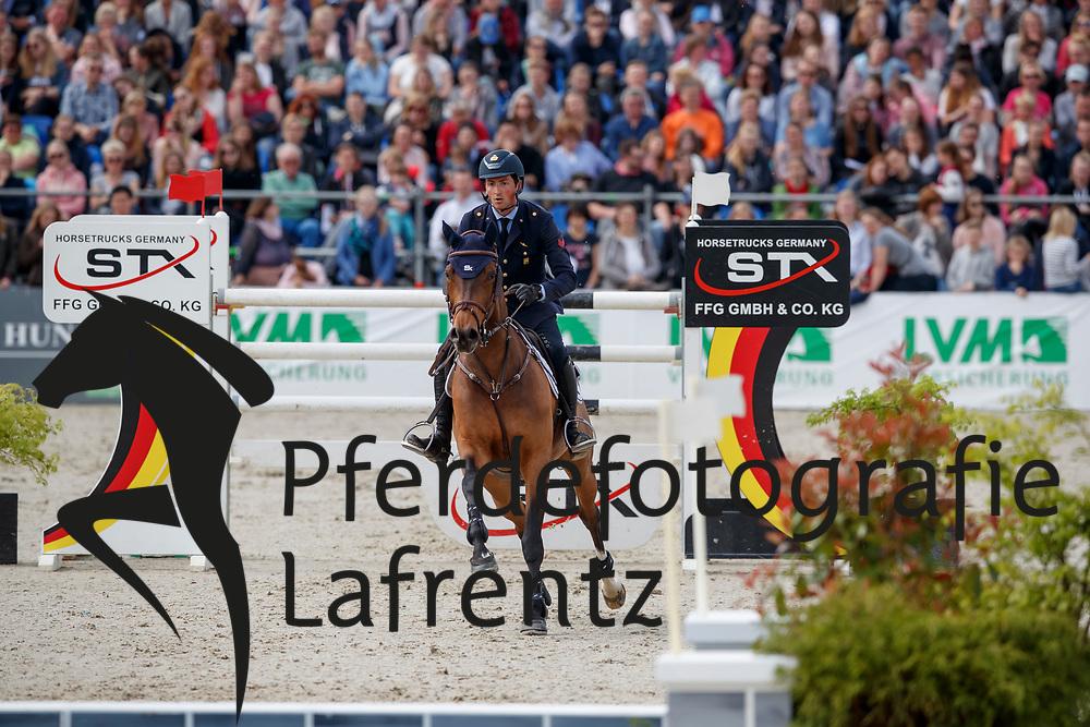 DE LUCA Lorenzo (ITA), De Flipper<br /> Hagen - Horses and Dreams meets the Royal Kingdom of Jordan 2018<br /> Grosser Preis der DKB Qualifikation DKB-Riders Tour<br /> 30 April 2018<br /> www.sportfotos-lafrentz.de/Stefan Lafrentz