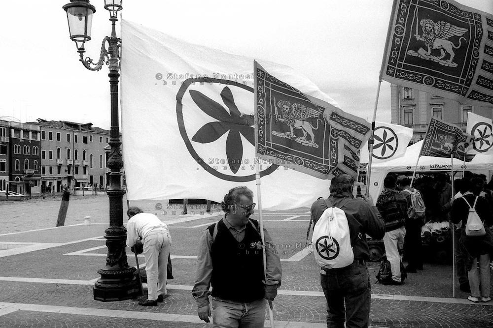 Venezia 16 Settembre 1997.La Lega Nord inaugura la  sede del Governo Padano.Venice September 16, 1997.The Northern League opens the seat of government Padano...