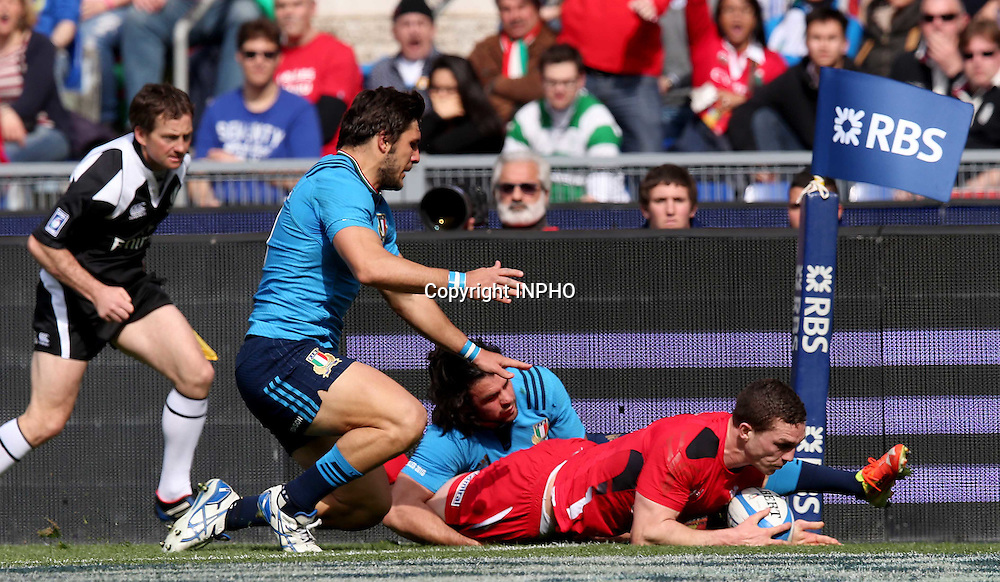 RBS 6 Nations Championship, Stadio Olimpico, Rome, Italy 21/3/2015<br /> Italy vs Wales <br /> Wales' George North scores their fourth try of the game<br /> Mandatory Credit &copy;INPHO/Ryan Byrne
