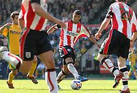 Photo: Ashley Pickering.<br /> Norwich City v Southampton. Coca Cola Championship. 28/04/2007.<br /> Southampton goal scorer Leon Best (c) makes a run forward
