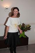 STEFANIA PRAMMA;  , Valeria Napoleone hosts a dinner at her apartment e to celebrate the publication of her book  Valeria Napoleone's Catalogue of Exquisite Recipes. Palace Green. Kensington. London. 28 September 2012.