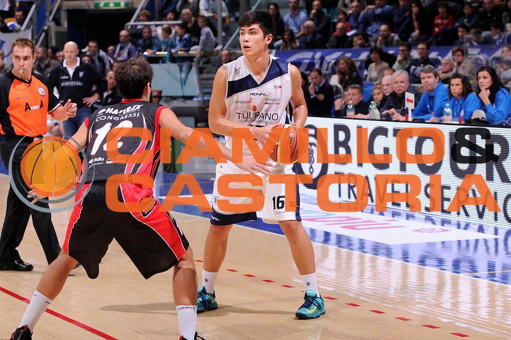 DESCRIZIONE : Bologna Campionato LNP Adecco DNB 2013-14 Tulipano Fortitudo Bologna Pavia Basket<br /> GIOCATORE : Mattia De Ruvo<br /> CATEGORIA : palleggio<br /> SQUADRA : Tulipano Fortitudo Bologna<br /> EVENTO : Campionato DNB 2013-2014<br /> GARA : Tulipano Fortitudo Bologna Pavia Basket<br /> DATA : 06/10/2013<br /> SPORT : Pallacanestro <br /> AUTORE : Agenzia Ciamillo-Castoria/M.Marchi<br /> Galleria : Divisione Nazionale B <br /> Fotonotizia : Bologna Campionato LNP Adecco DNB 2013-14 Tulipano Fortitudo Bologna Pavia Basket<br /> Predefinita :
