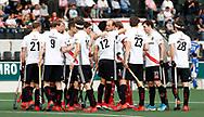 AMSTELVEEN - Hockey - Hoofdklasse competitie heren. AMSTERDAM-KAMPONG (2-2).  huddle A'dam voor de wedstrijd. COPYRIGHT KOEN SUYK