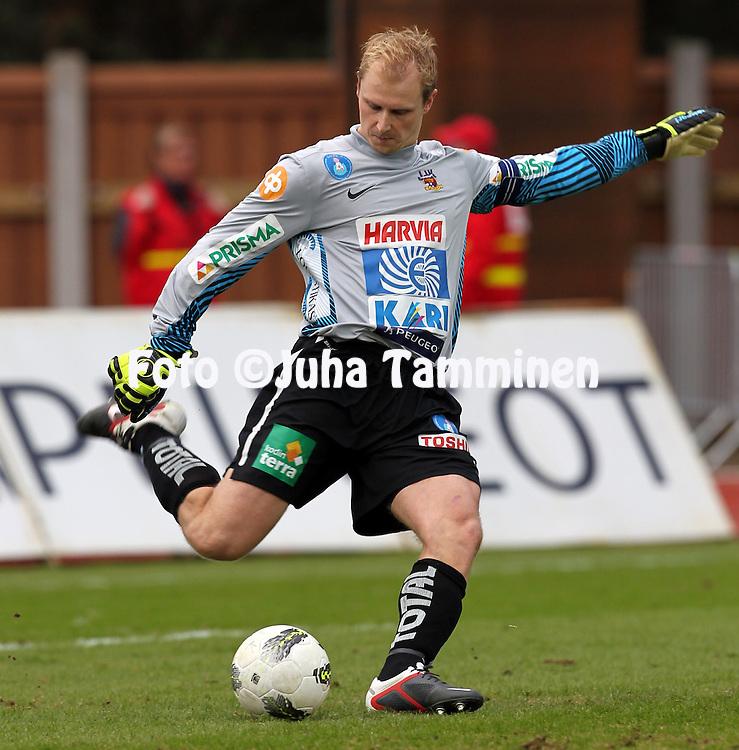 30.4.2012, Harjun stadion, Jyvskyl..Veikkausliiga 2012..JJK Jyvskyl - Vaasan Palloseura..Janne Korhonen - JJK