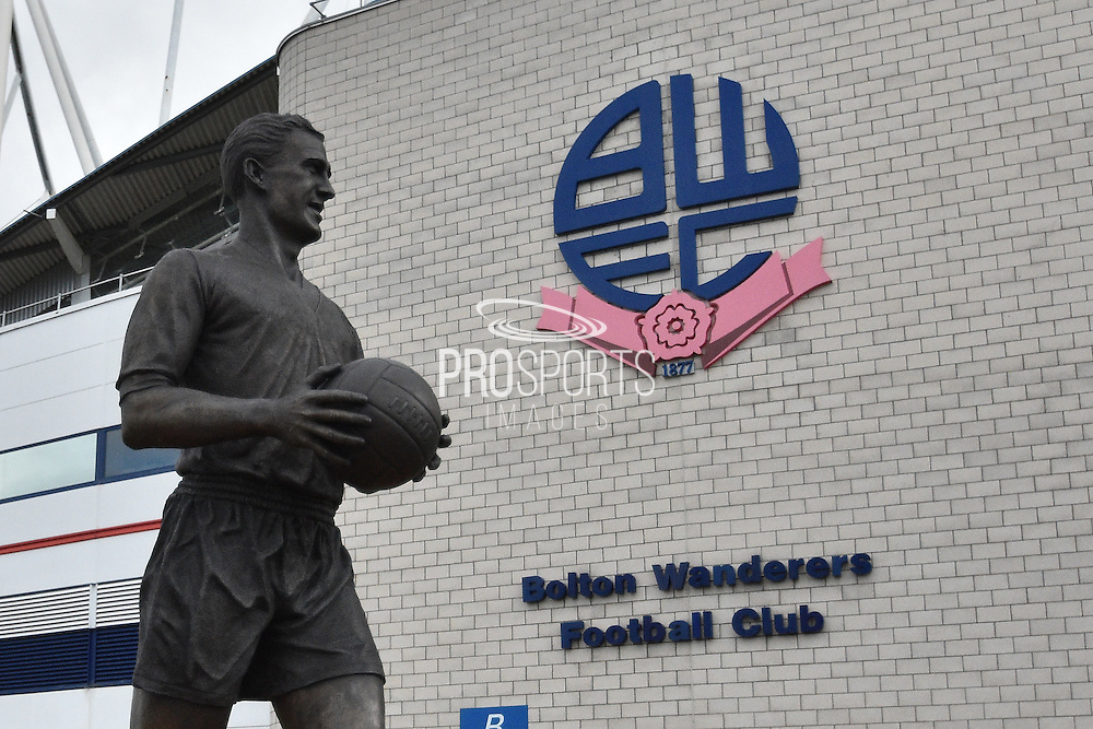 Statue of Nat Lofthouse outside the Macron Stadium before the Sky Bet Championship match between Bolton Wanderers and Middlesbrough at the Macron Stadium, Bolton, England on 16 April 2016. Photo by Mark Pollitt.