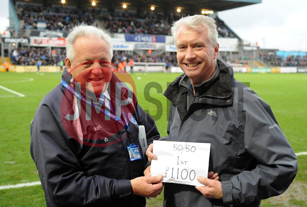 50/50 winner - Mandatory by-line: Neil Brookman/JMP - 18/11/2017 - FOOTBALL - Memorial Stadium - Bristol, England - Bristol Rovers v AFC Wimbledon - Sky Bet League One