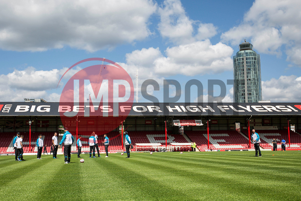 Stoke City arrive and inspect the pitch before the match - Mandatory by-line: Jason Brown/JMP - Mobile 07966 386802 25/07/2015 - SPORT - FOOTBALL - Brentford, Griffin Park - Brentford v Stoke City - Pre-Season Friendly