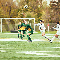 1st year forward, Grace Miller (8) of the Regina Cougars during the Women's Soccer home game on Sun Sep 23 at U of R Field. Credit: Arthur Ward/Arthur Images