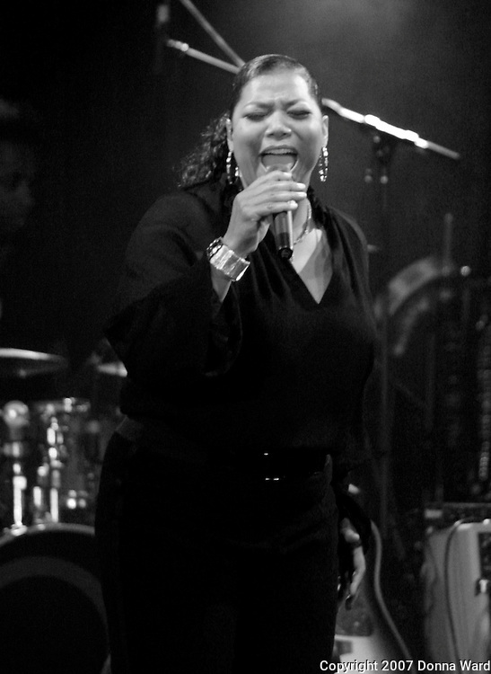 Singer Queen Latifah performs in support of 'Trav'lin' Light' at the Highline Ballroom in New York City, USA on October 24, 2007.
