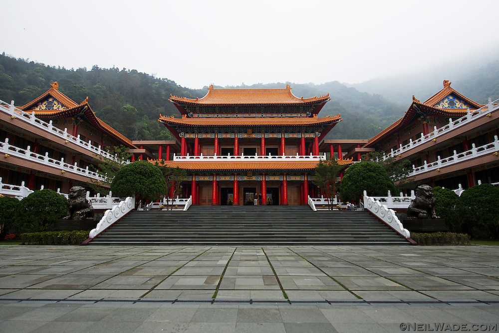 The peaceful Tian Yuan Temple sits above Carp Lake and is a beautiful place to walk around.