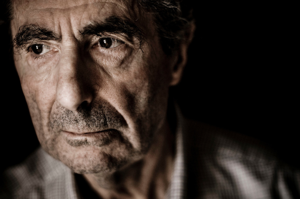 Writer Philip Roth at his home in Manhattan, New York..Photographer: Chris Maluszynski /MOMENT