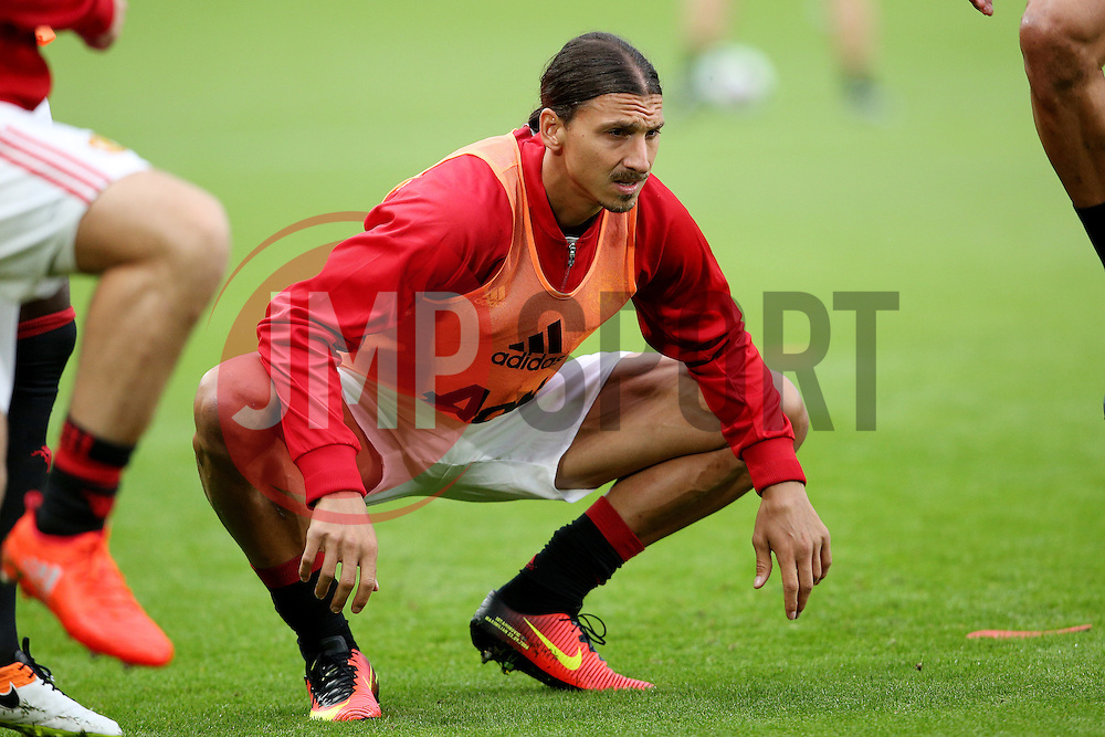 Zlatan Ibrahimovic of Manchester United warms up - Mandatory by-line: Matt McNulty/JMP - 27/08/2016 - FOOTBALL - KC Stadium - Hull, England - Hull City v Manchester United - Premier League