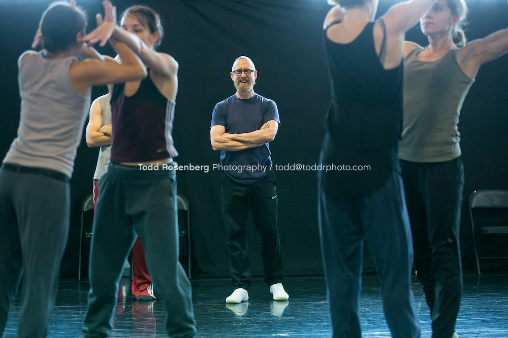 10/2/15 3:41:48 PM -- Hubbard Street Dance Chicago <br /> <br /> Choreographer William Forsythe in studio with the main company. <br /> <br /> . &copy; Todd Rosenberg Photography 2015