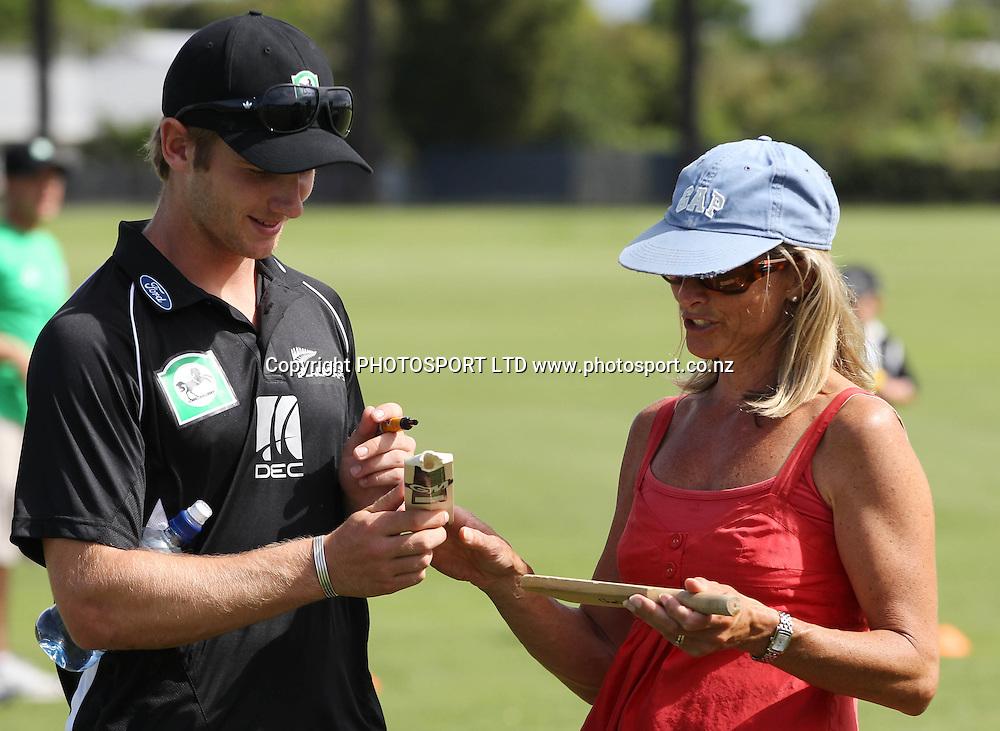 Kane Williamson signs autographs at the National Bank's National Cricket Club ( NCC ) Supercamp, Nelson Park, Napier, Sunday 30 January 2011. Photo: Andrew Cornaga/photosport.co.nz