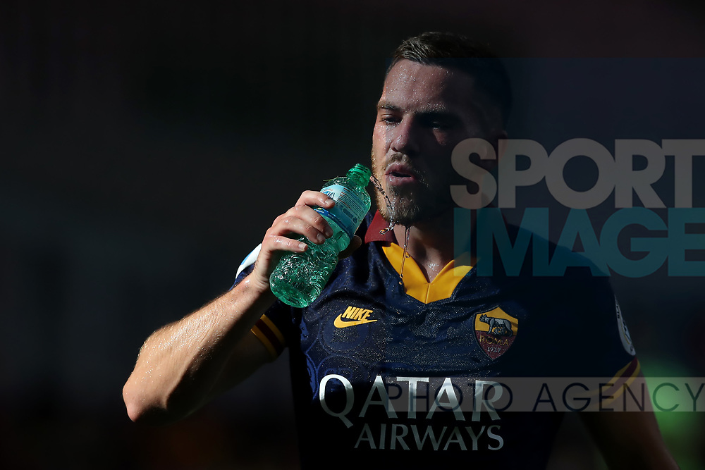 AS Roma's French midfielder Jordan Veretout pictured with a plastic bottle of water during the Serie A match at Giuseppe Meazza, Milan. Picture date: 28th June 2020. Picture credit should read: Jonathan Moscrop/Sportimage