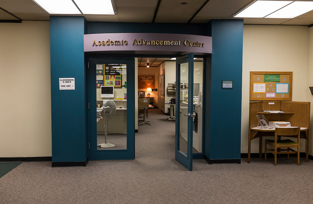 Photos of the AAC tutoring center in Alden Library created on April 16, 2015 in Baker Ballroom.  Photo by Ohio University  /  Rob Hardin