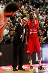 20.03.2014, Palacio de los Deportes, Madrid, ESP, Basketball EL, Real Madrid vs CSKA Moskau, Gruppe F, im Bild CSKA Moscow's coach Ettore Messina with Aaron Jackson // CSKA Moscow's coach Ettore Messina with Aaron Jackson during the group F Basketball Euroleague between Real Madrid and CSKA Moscow at the Palacio de los Deportes in Madrid, Spain on 2014/03/20. EXPA Pictures © 2014, PhotoCredit: EXPA/ Alterphotos/ Acero<br /> <br /> *****ATTENTION - OUT of ESP, SUI*****