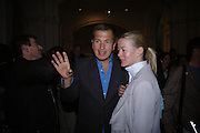 Mario Testino and Lady Helen Taylor. Photo london private view. Royal academy. 18 May 2005. ONE TIME USE ONLY - DO NOT ARCHIVE  © Copyright Photograph by Dafydd Jones 66 Stockwell Park Rd. London SW9 0DA Tel 020 7733 0108 www.dafjones.com