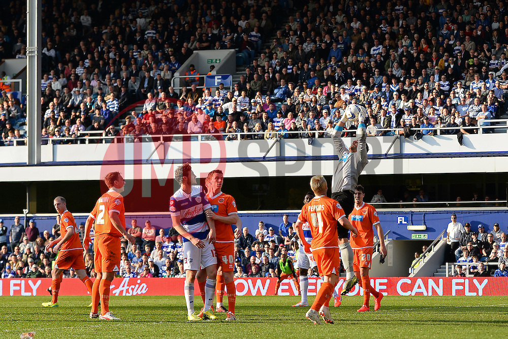 Blackpool's goalkeeper Matthew Gilks catches the ball - Photo mandatory by-line: Mitchell Gunn/JMP - Tel: Mobile: 07966 386802 29/03/2014 - SPORT - FOOTBALL - Loftus Road - London - Queens Park Rangers v Blackpool - Championship