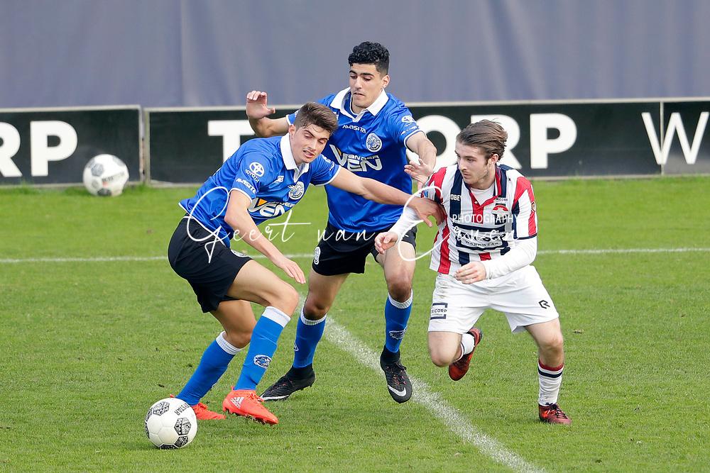 (L-R) *Giorgio Siani* of FC Den Bosch, *Oussama Bouyaghlafen* of FC Den Bosch, *Daniel Crowley* of Willem II
