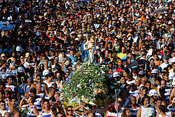A Festa de Navegantes começa com a celebração de missa no Santuário do Rosário, no centro de Porto Alegre e continua com procissão terrestre pelas ruas do Centro da Capital, seguindo pela Avenida Castelo Branco até a Igreja de Navegantes. FOTO: Jefferson Bernardes/Preview.com