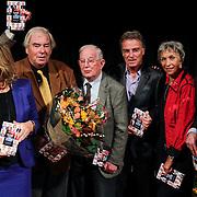 NLD/Hilversum/20121003- Boekpresentatie De Iconen van het NOS Achtuurjournaal, Pia Dijkstra, Joop van Zijl, Rien Huizing, Rob Trip, Eugenie Herlaar, Eef Brouwers