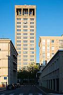 Le Havre centre ville. En grande partie d&eacute;truit pendant la Seconde Guerre mondiale, le centre-ville a &eacute;t&eacute; reconstruit d'apr&egrave;s les plans de l'atelier d'Auguste Perret entre 1945 et 1964, il est inscrit au patrimoine mondial de l'UNESCO depuis 2005.  <br /> L'H&ocirc;tel de Ville, oeuvre des ateliers Auguste Perret.  <br /> <br /> <br /> Le Havre city center. Largely destroyed during the Second World War, the city was rebuilt according to the plans of the workshop of Auguste Perret between 1945 and 1964, he was listed as a World Heritage Site by UNESCO since 2005. <br /> The Town Hall, the work of Auguste Perret workshops.