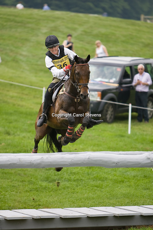 Karyn Shuter and Plain'n'nSimple at Bramham Horse Trials  2010