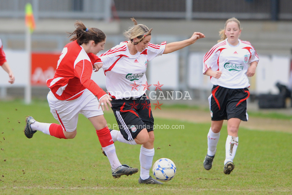 DARTFORD, ENGLAND - Sunday, February 24, 2008: Liverpool Ladies' Chantelle Parry in action against Charlton Athletic Ladies during the Women's Premier League match at Princes Park. (Pic by Barry Goodwin/Propaganda)