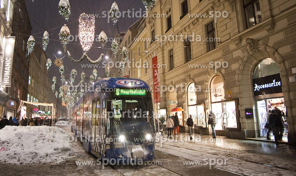03.12.2010, Winter in Graz, im Bild Straßenbahn in der mit Weihnachtsbeleuchtung versehenen Herrengasse / Hauptplatz, EXPA Pictures © 2010, PhotoCredit: EXPA/ Erwin Scheriau