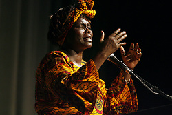 Tampa -- 03/23/2006) PHOTO 1: Nobel prize winner Dr. Wangari Maathai(CQ) speaks at the University of South Florida on Thursday. Maathai, a passionate environmentalist, has challenged the system of laws in Kenya violating basic human rights and organized women to improve the environment. She was awarded the Nobel Prize in 2004..STORY SUMMARY: Nobel prize winner Dr. Wangari Maathai (Credit Image: Tampa Bay Times/ZUMAPRESS.com)