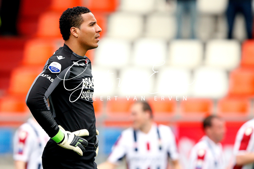 Onderwerp/Subject: Eredivisie<br /> Reklame:  <br /> Club/Team/Country: <br /> Seizoen/Season: 2012/2013<br /> FOTO/PHOTO: Goalkeeper Esteban ALVARADO ( Esteban Alvarado BROWN ) of AZ Alkmaar dejected. (Photo by PICS UNITED)<br /> <br /> Trefwoorden/Keywords: <br /> #03 #09 $94 ±1355244121349<br /> Photo- & Copyrights © PICS UNITED <br /> P.O. Box 7164 - 5605 BE  EINDHOVEN (THE NETHERLANDS) <br /> Phone +31 (0)40 296 28 00 <br /> Fax +31 (0) 40 248 47 43 <br /> http://www.pics-united.com <br /> e-mail : sales@pics-united.com (If you would like to raise any issues regarding any aspects of products / service of PICS UNITED) or <br /> e-mail : sales@pics-united.com   <br /> <br /> ATTENTIE: <br /> Publicatie ook bij aanbieding door derden is slechts toegestaan na verkregen toestemming van Pics United. <br /> VOLLEDIGE NAAMSVERMELDING IS VERPLICHT! (© PICS UNITED/Naam Fotograaf, zie veld 4 van de bestandsinfo 'credits') <br /> ATTENTION:  <br /> © Pics United. Reproduction/publication of this photo by any parties is only permitted after authorisation is sought and obtained from  PICS UNITED- THE NETHERLANDS