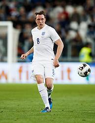 Phil Jones of England in action - Photo mandatory by-line: Rogan Thomson/JMP - 07966 386802 - 31/03/2015 - SPORT - FOOTBALL - Turin, Italy - Juventus Stadium - Italy v England - FIFA International Friendly Match.