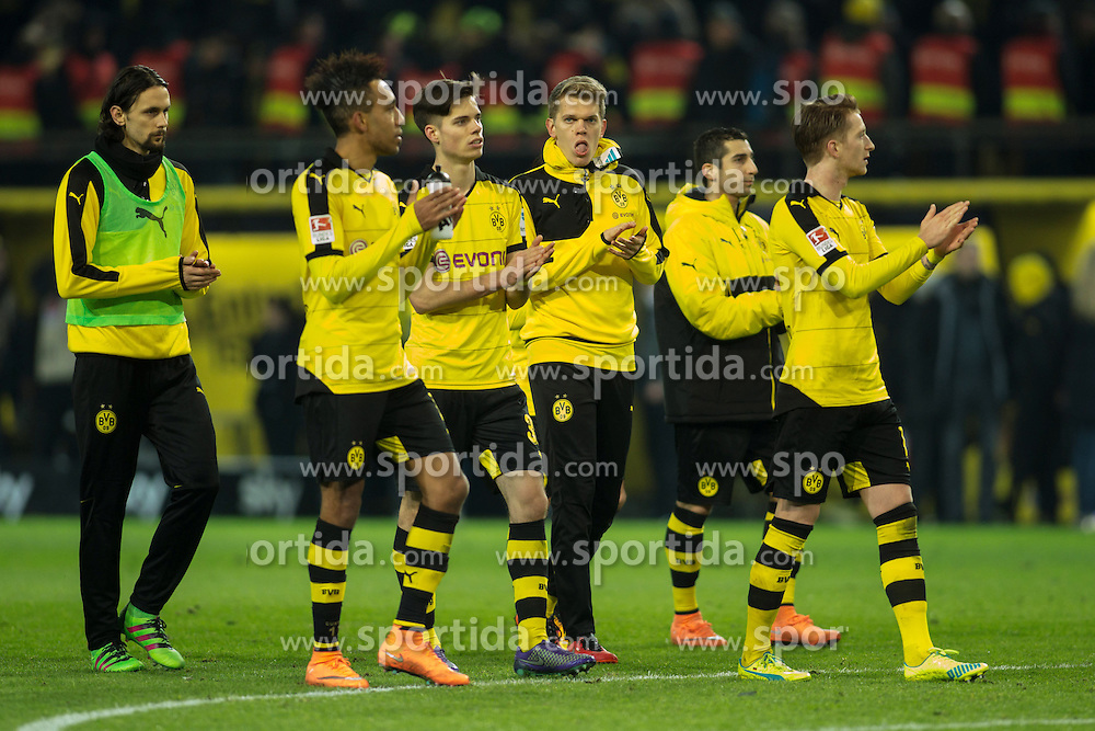 13.03.2016, Signal Iduna Park, Dortmund, GER, 1. FBL, Borussia Dortmund vs 1. FSV Mainz 05, 26. Runde, im Bild vl: Neven Subotic (Borussia Dortmund #4), Pierre-Emerick Aubameyang (Borussia Dortmund #17), Julian Weigl (Borussia Dortmund #33), Matthias Ginter (Borussia Dortmund #28), Henrikh &quot;Micki&quot; Mkhihtaryan (Borussia Dortmund #10) und Marco Reus (Borussia Dortmund #11) auf dem Weg in die Suedtribuen // during the German Bundesliga 26th round match between Borussia Dortmund and 1. FSV Mainz 05 at the Signal Iduna Park in Dortmund, Germany on 2016/03/13. EXPA Pictures &copy; 2016, PhotoCredit: EXPA/ Eibner-Pressefoto/ Schueler<br /> <br /> *****ATTENTION - OUT of GER*****