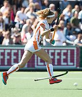 AMSTELVEEN  - Hockey -  2ee wedstrijd halve finale Play Offs dames.  Amsterdam-Oranje Rood (2-1). Yibbi Jansen (Oranje-Rood) .       COPYRIGHT KOEN SUYK